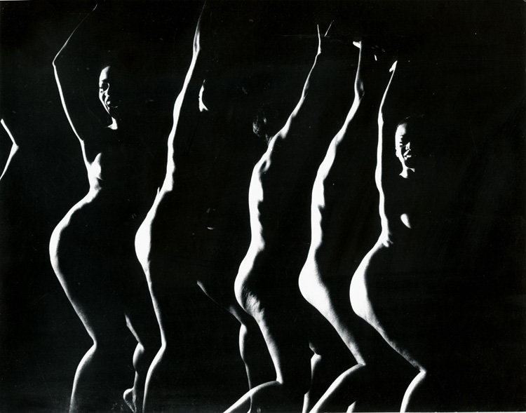 Gjon Mili - Stroboscopic Nude Dancer