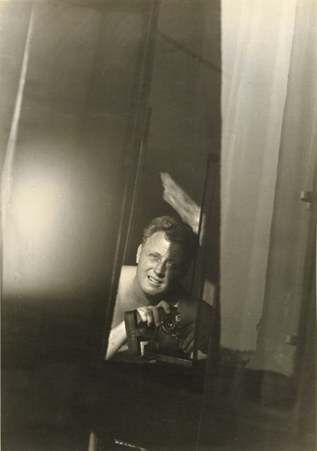 George Daniell - Self Portrait with Camera and Mirror