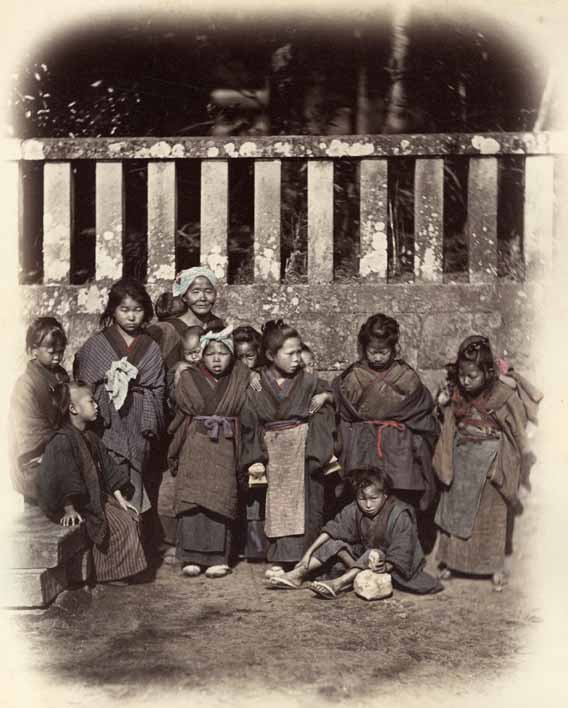 Felice Beato - Group of Japanese Children