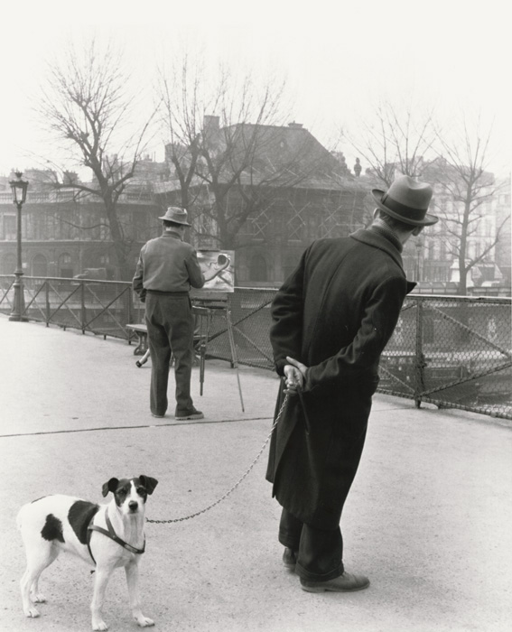 Robert Doisneau - Fox Terrier on the Pont des Arts