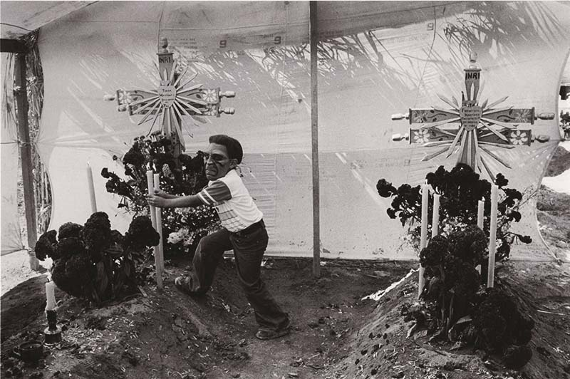 Edouard Boubat - Fête des Morts, Mexique (Day of the Dead, Mexico)