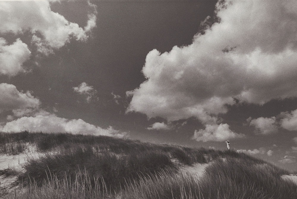 Alfred Eisenstaedt - Dunes of Squibnocket Beach, Martha's Vineyard