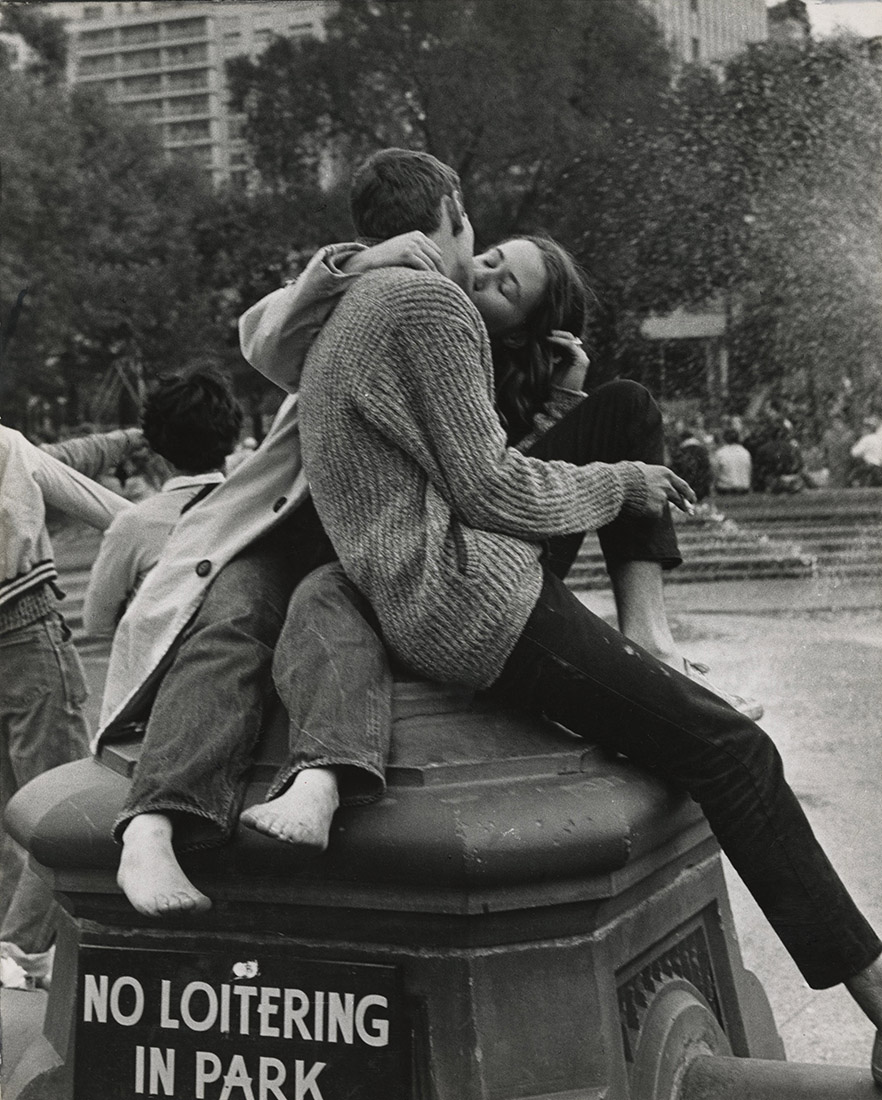 Andre Kertesz - Washington Square Park, New York City