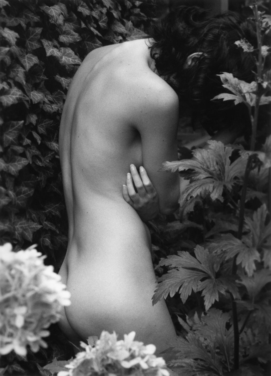 Williams & Russ/Photosensualis - Zoe, Farmhouse (Female Nude)