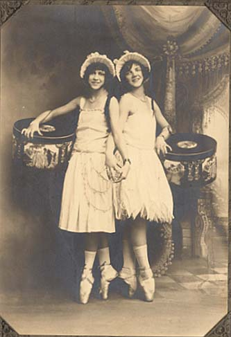 Anonymous - Two Ballerinas on Pointe with Hatboxes