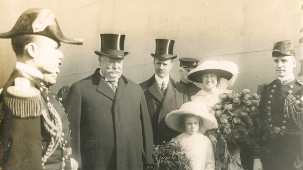 William F. Warnecke - President William Taft, Secretary of the Navy Meyer, Miss Calder and Others