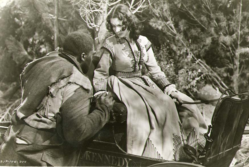 Clarence Sinclair Bull or Fred Parrish - Vivien Leigh as Scarlett O'Hara in Gone with the Wind