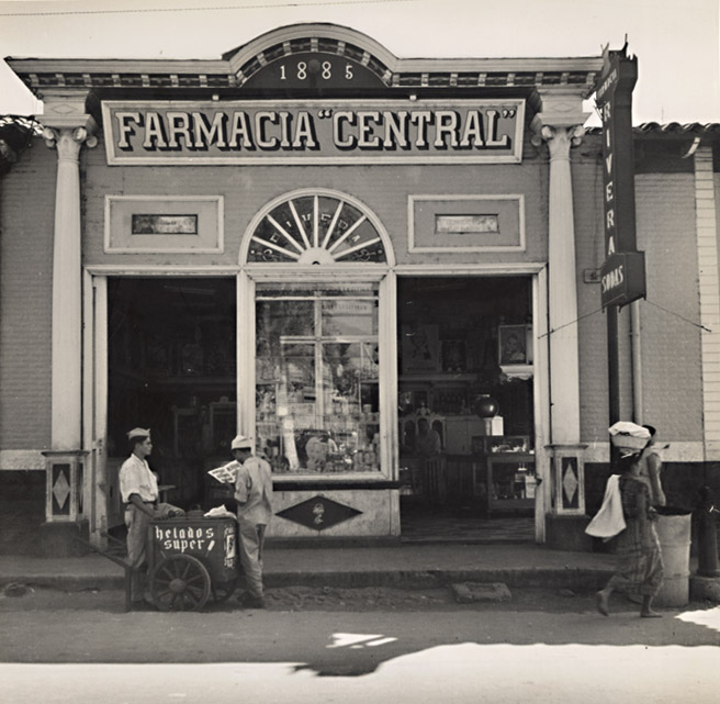 Photo Detail | Thomas Hollyman - Farmacia Central, El Salvador