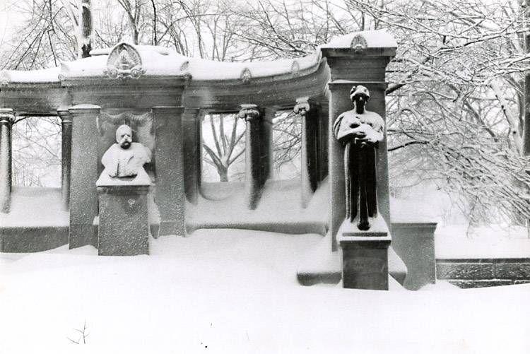 Susan McCartney - Central Park Monument, NYC