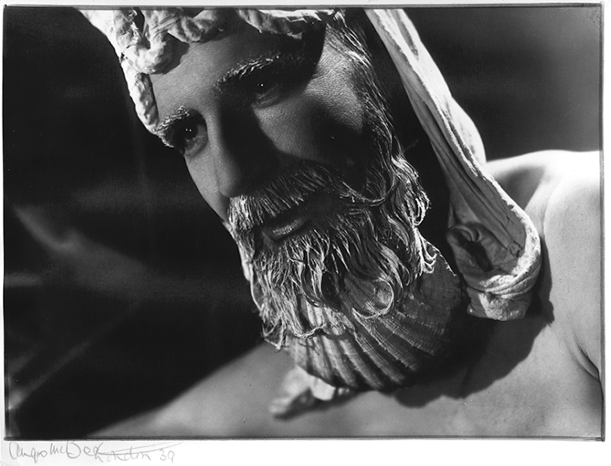 Angus McBean - Christmas Card 1939 - Self Portrait as Neptun: Close-Up